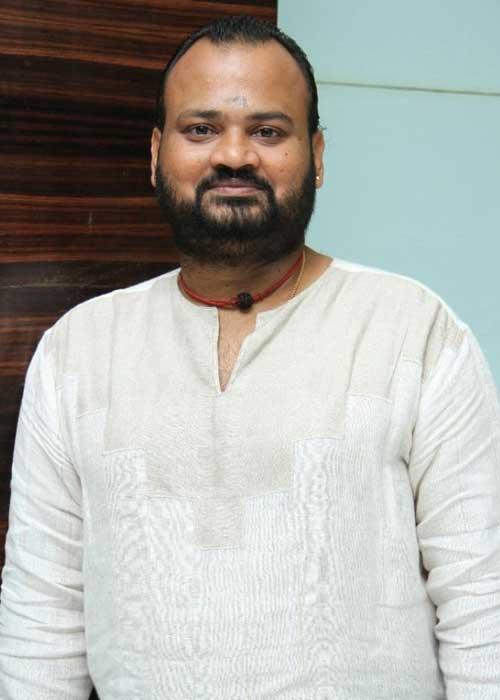 V.Selvaganesh