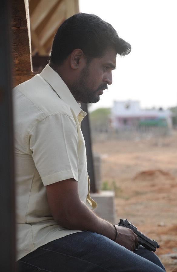 Ettuthikkum Madhayaanai Movie Stills