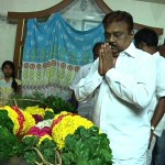 Vijayakanth Last Respect to Director Ameerjaan