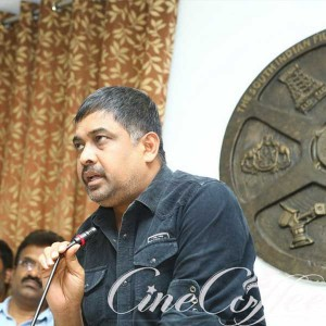 Tamil Film Associations Press meet Regarding Uttama Villain Release