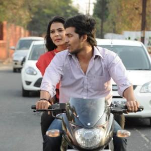 Avalukkenna Azhagiya Mugam  Movie Stills