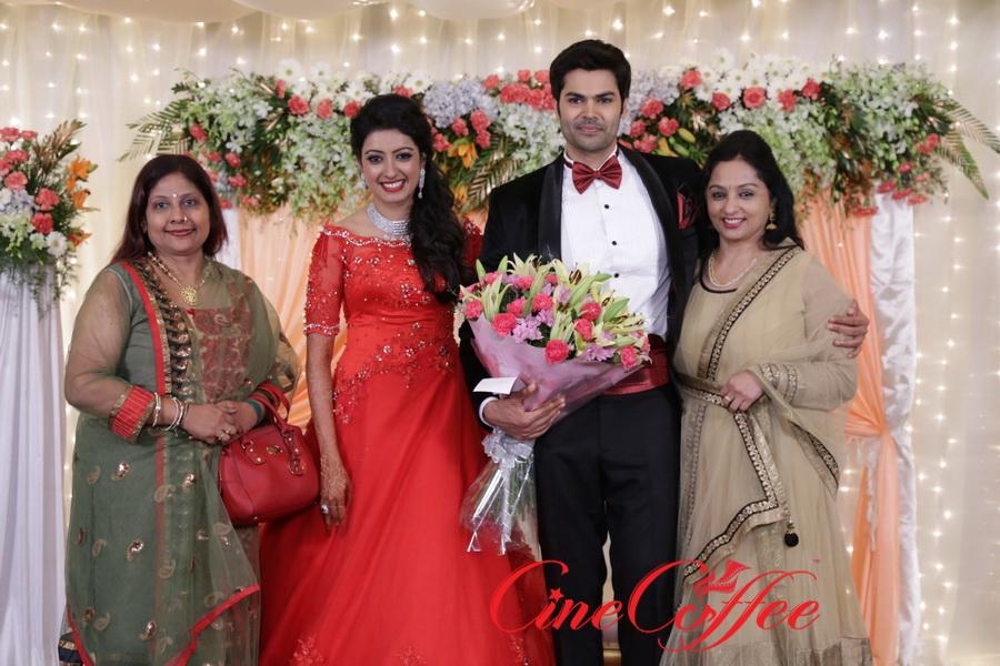 Ganesh Venkatram – Nisha Wedding Reception Stills