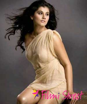 Taapsee lends a helping hand to struggling boxer