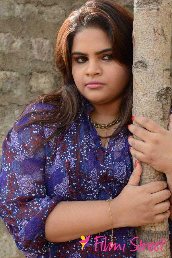 Vidyulekha in trouble, seeks Modi's help