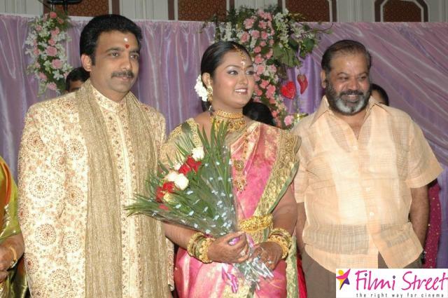 Actress Vindhya photos (4)