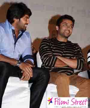 Arya to play Suriyas villain in KV Anand film