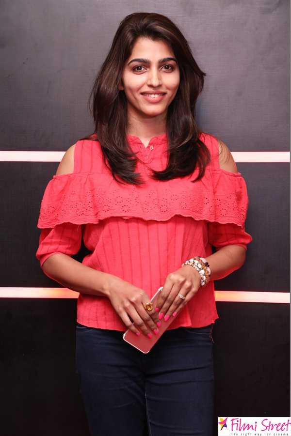 Irumbu thirai celebrity show photos