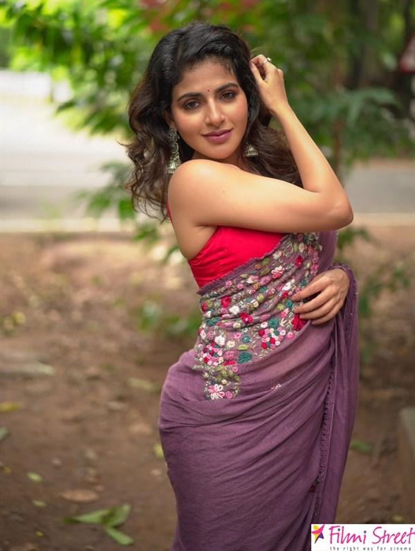 Aishwarya Menon images