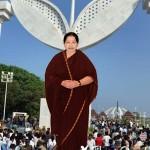 எம்ஜிஆர் சமாதி அருகே ஜெயலலிதா நினைவிடம்