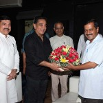 Kamal haasan Meets Kejriwal Photos