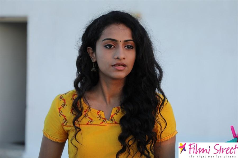 Kamali From Nadukkaveri