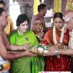 Latha Rajinikanth visits kanchipuram temple photos