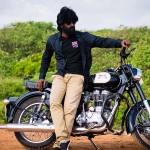 Munthiri kaadu movie stills