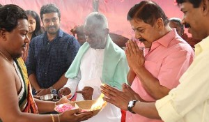 Naachiyaar movie pooja stills