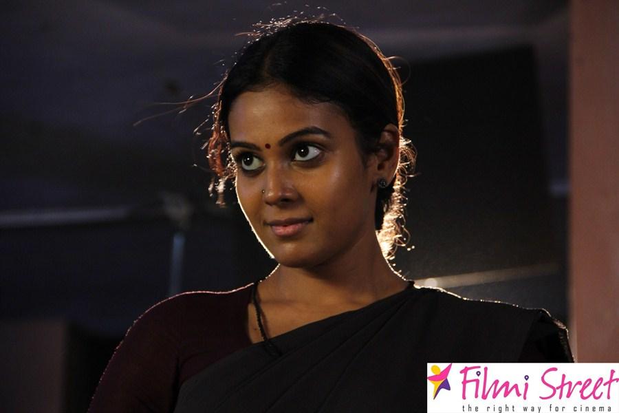 Naan Avalai Santhitha Pothu movie stills