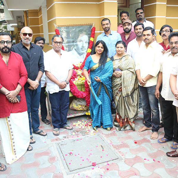 Nadigar Sangam pay tributes to MGR