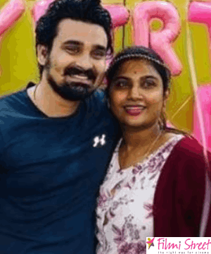 நடிகை மைனா நந்தினி  வீட்டுல விசேஷம்… ரசிகர்கள் வாழ்த்து