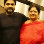 ஓய்வில்லாமல் உழைக்கும் மகன்..; சிம்புக்கு காஸ்ட்லி காரை பரிசளித்த உஷா ராஜேந்தர்