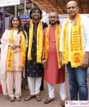 'பானிபட்' திரைப்படத்தில் 130000 நடனகலைஞர்களின் எழுச்சிமிகு நடனத்தில், உருவான பிரம்மாண்ட பாடல் 'மர்த் மராத்தா'