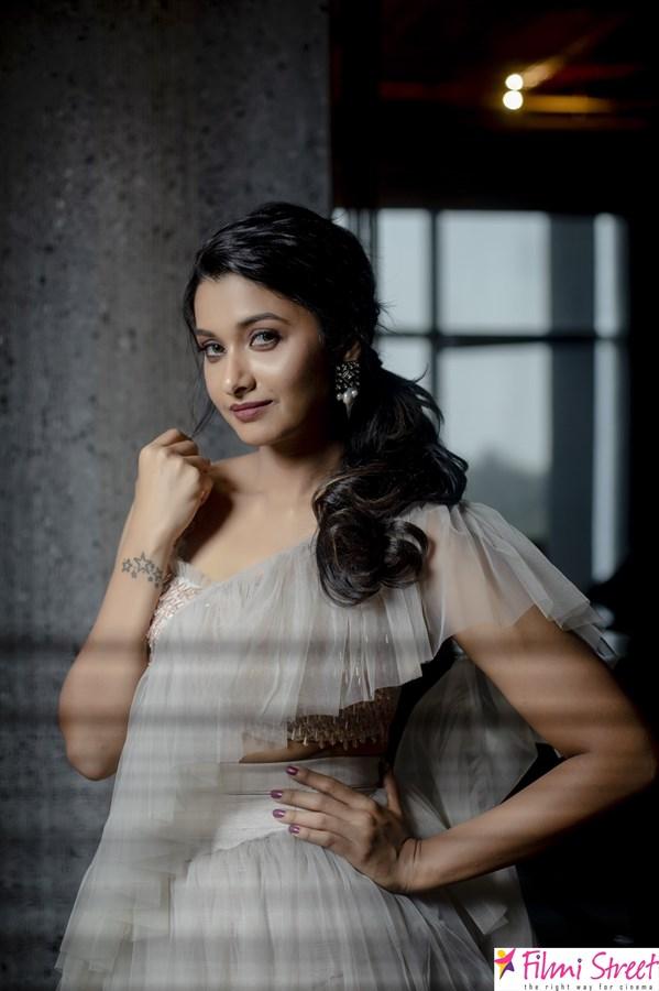 Priya Bhavani Shankar images
