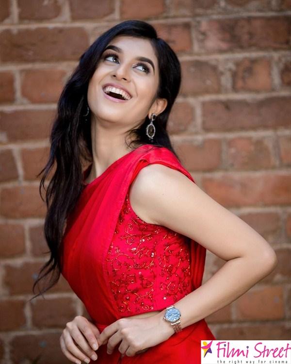 Sanjana Sarathy images (6)