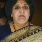 வழக்கை லதா ரஜினி எதிர்கொள்ள வேண்டும் என கோர்ட்டு உத்தரவு