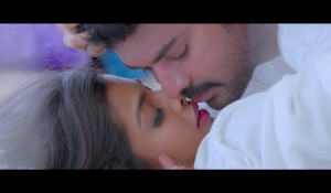 Mogam Chinna Video Song Promo in Evanukku Engeyo Matcham Irukku mp3 audio songs