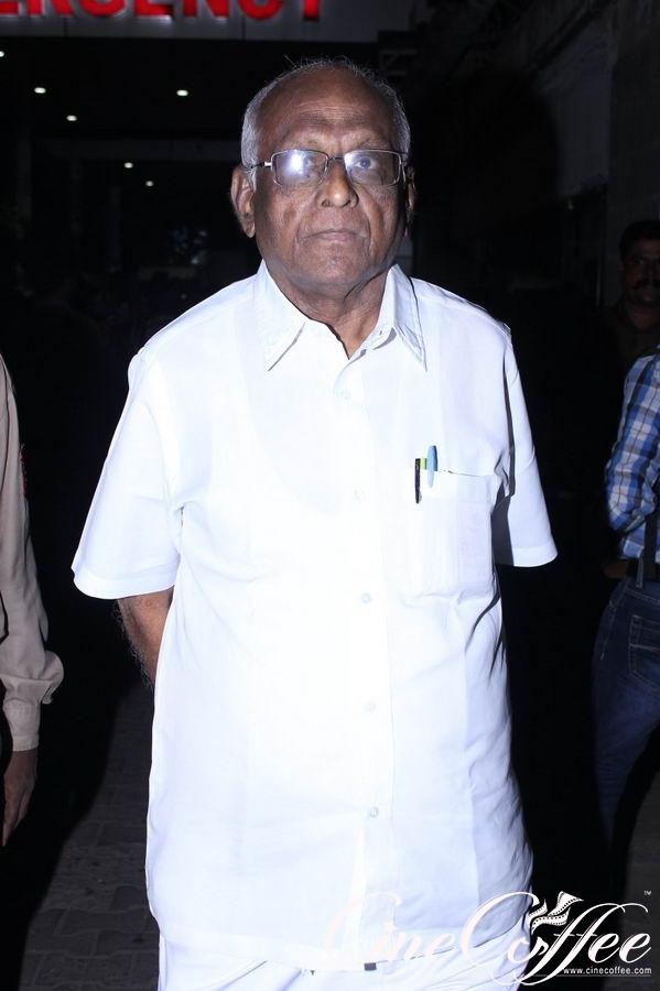 K Balachander Died Photos